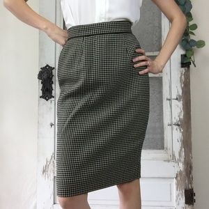 Vintage Wool Houndstooth Pencil Skirt Sz. 4